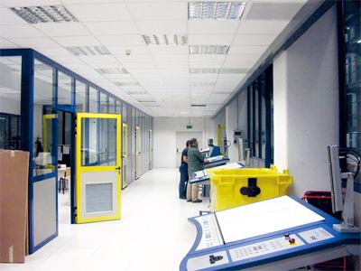 Sale controllo e cabine antirumore insonorizzate unitecna - Sala insonorizzata ...